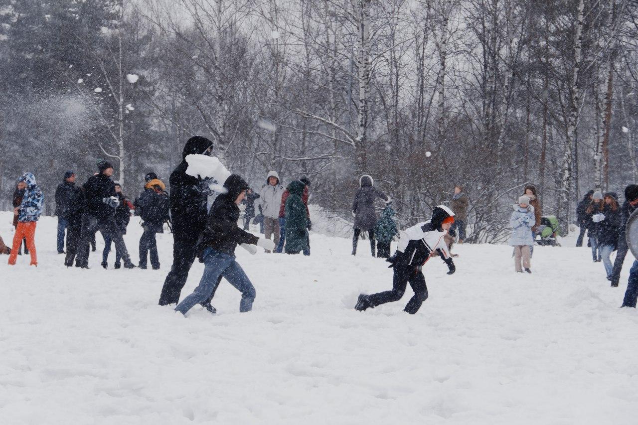 Снежная битва в Калуге